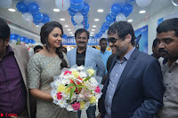 Rakul Preet Singh in a Designer saree at Launch of BIG C Show room at  Kurnool ~ Celebrities Galleries 021.jpg
