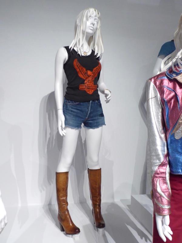 Britt Robertson Girlboss Sophia costume