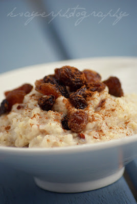 Gluten Free Porridge with Cinnamon and Raisins