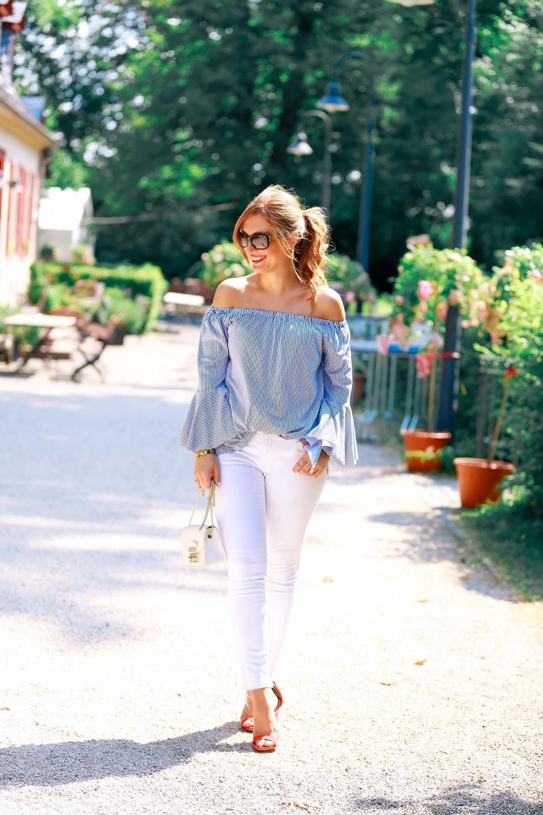 Weiße-hose-fashionstylebyjohanna-rote-pumps-rote-sandalen-streifen-bluse-fashionblogger