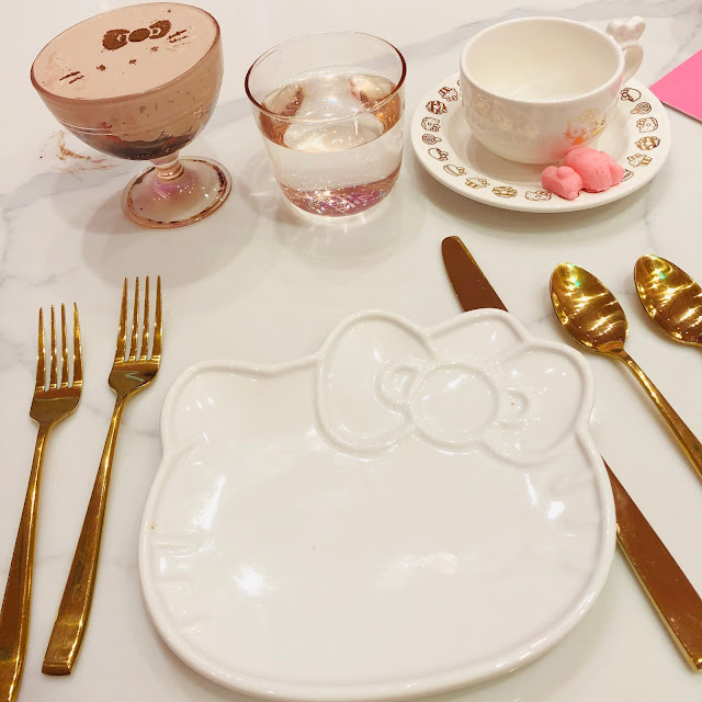 Hello Kitty Grand Cafe, Bow Room, Irvine Spectrum Center, afternoon tea, high tea, Jamie Allison Sanders, Hello Kitty