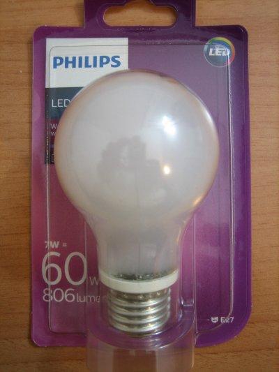 Bombillas de bajo consumo ahorro o timo bombilla led for Cuantos lumenes tiene una bombilla de 60w