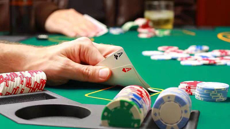 Link Vào W88bet: Hướng dẫn cách chơi bài poker 2 lá tại nhà cái casino W88