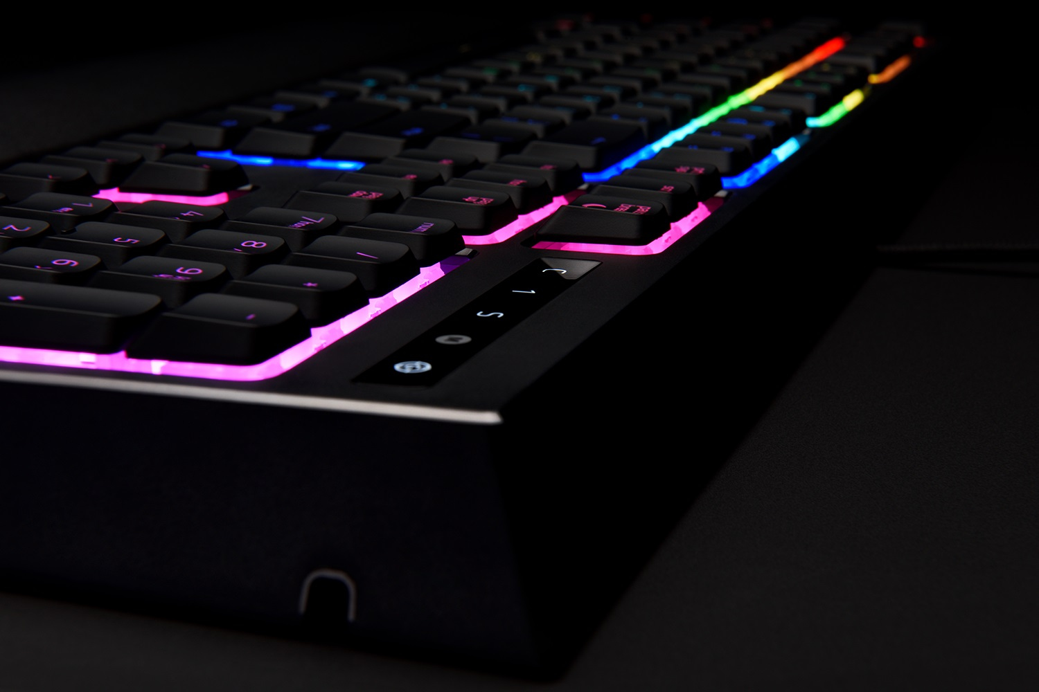 Razer's new Ornata keyboard implants mechanical and membrane technologies under same hood