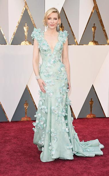 Top 5 das mais vestidas  Óscares Cate Blanchett vestida por Armani Privé