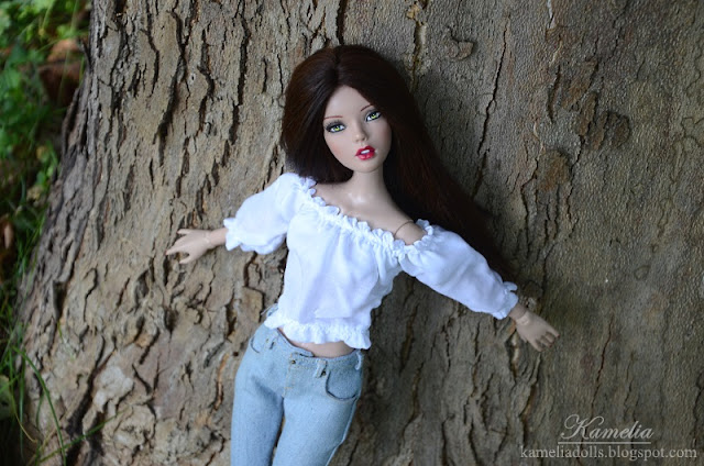 Realistic jeans for Tonner doll