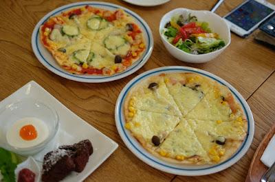 Cafe HANA(カフェ ハナ)米粉ピザ