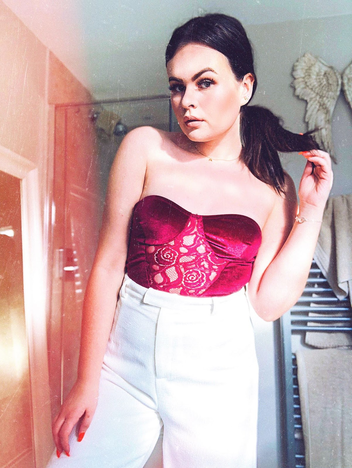 date night inspiration, date night outfit, valentines day outfit, sexy outfits, prettylittlething date night, vesper dress asos, femme luxury dress uk