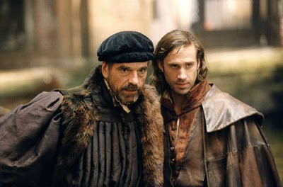 the merchant of venice antonio and shylock relationship