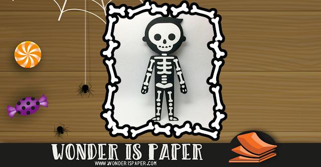 Niño esqueleto tierno.