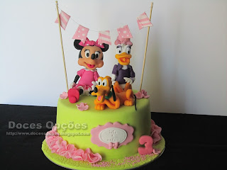 minnie mouse cake disney