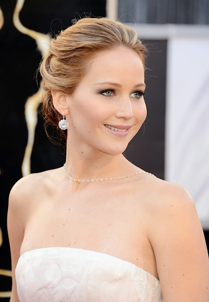 Latest Celebrity Photos: Jennifer Lawrence Sexy and Hot Wallpapers