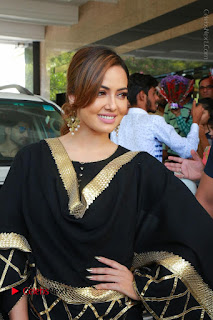 Bollywood Actress Sana Khan Launches Aakrithi Exibition  0053.JPG