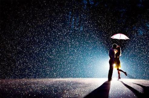 Kata Kata Mutiara Romantis Saat Hujan Turun