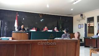 Sidang Reklamasi, Saksi Ahli Dan Kuasa Hukum PT Gamantara Adu Aturan