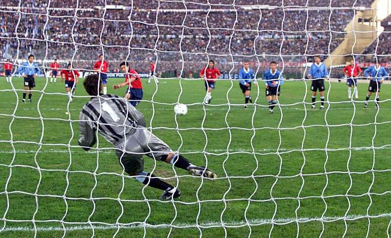 Uruguay y Chile en Clasificatorias a Corea/Japón 2002, 3 de junio de 2000