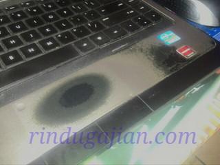 touchpad laptop terkikis menjadi hitam