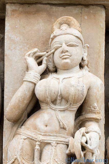 Amudu Kamasutra Temple Khajuraho India-4221
