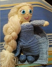 http://www.ravelry.com/patterns/library/elsa-frozen-2