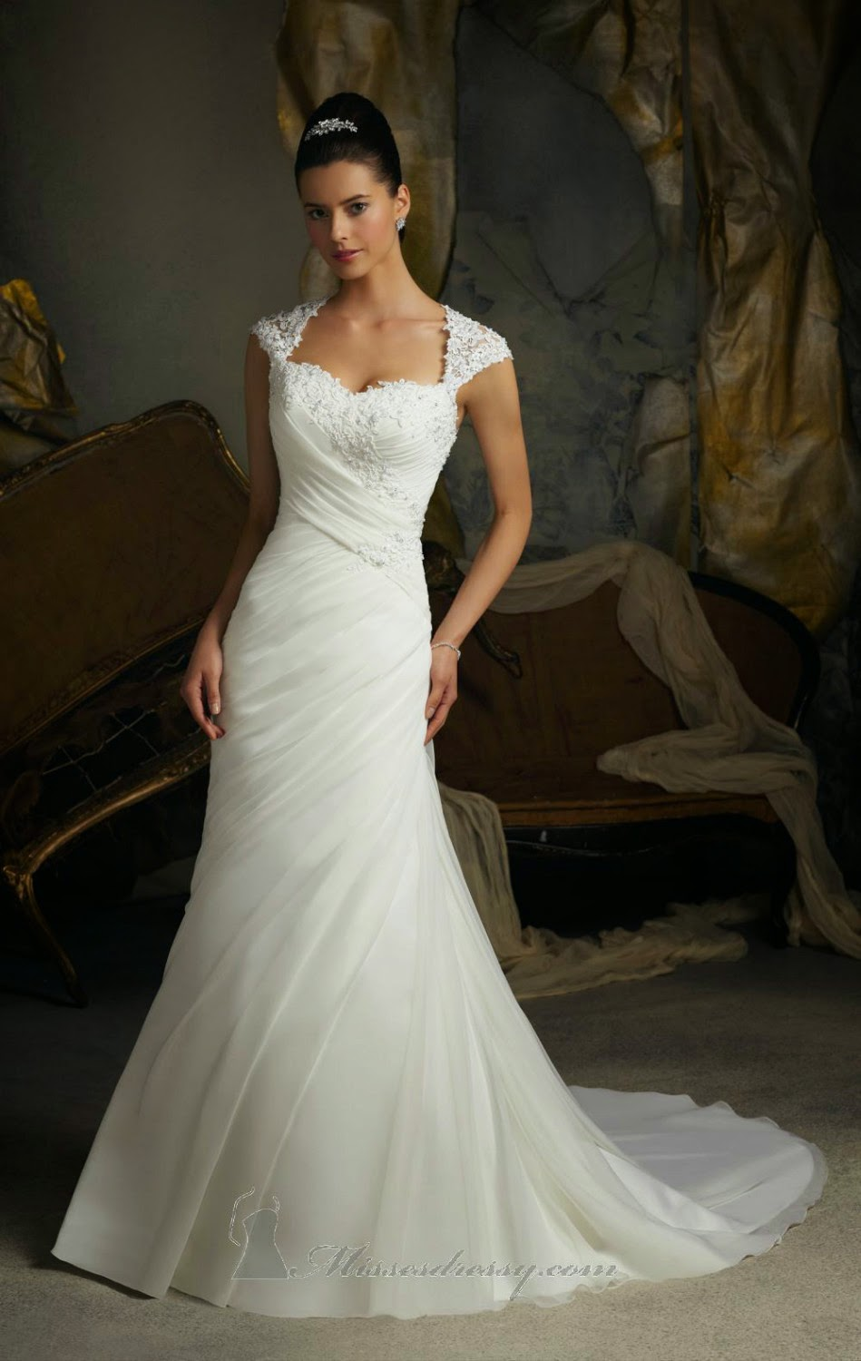 Female Network The Importance Of Form Fitting Wedding Dresses