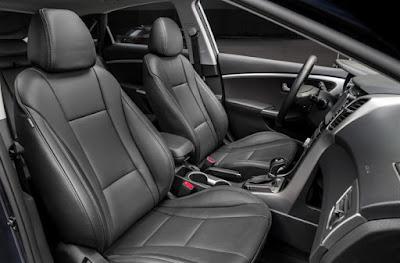 2016 Hyundai Elantra GT interior image