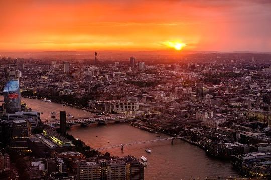 Sungai Thames, Inggris