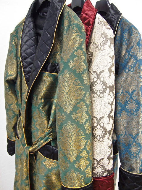 Men's paisley silk dressing gowns robes
