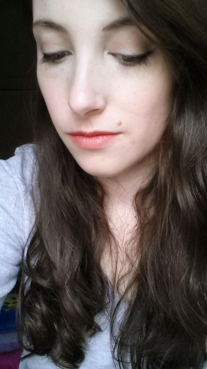 Get ready with me : Saint Valentin en amoureux GRWM maquillage
