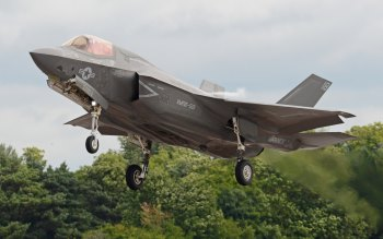 Wallpaper: Lockheed Martin F-35B Lightning