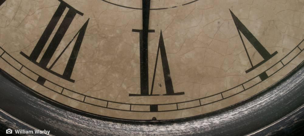 ambiente de leitura carlos romero adriano de leon misterios do tempo relojoeiro relogio da matriz relojoaria