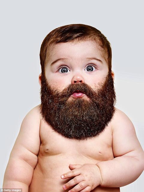 Criança com barba