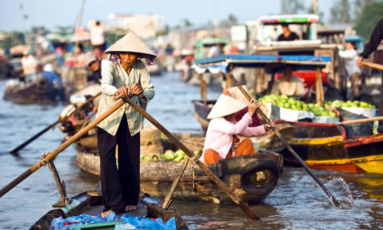 Mercado de Cai Be en el Delta del Mekong (Vietnam)