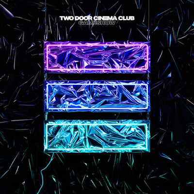 "TWO DOOR CINEMA CLUB ""Are We Ready? (Wreck)"""