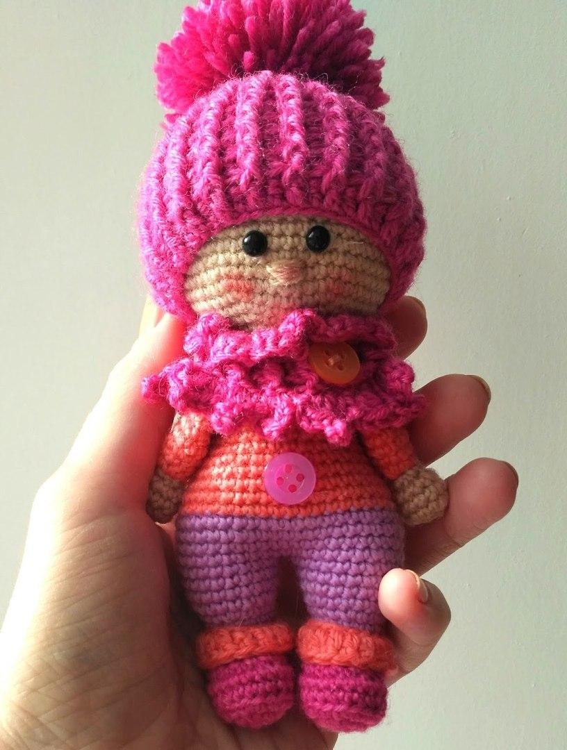 Leithygurumi: The Doll with Hat Free Amigurumi Pattern