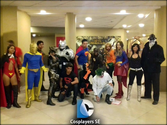 Cosplayers sergipanos vão a estreia de Batman vs Superman