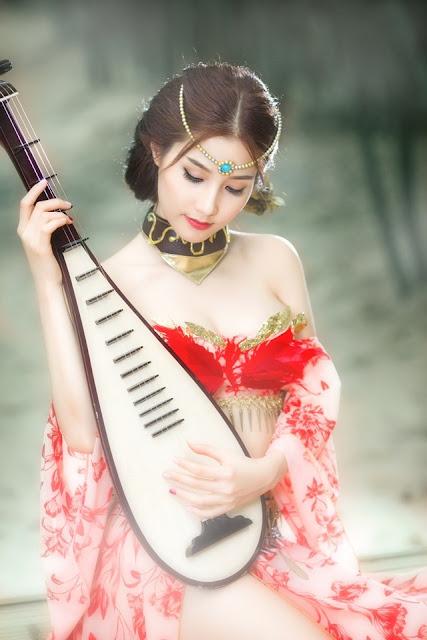 Diễm My 9x xinh đẹp với cosplay mỹ nhân cổ trang