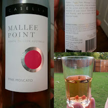 Barefoot Pink Moscato Wine Label