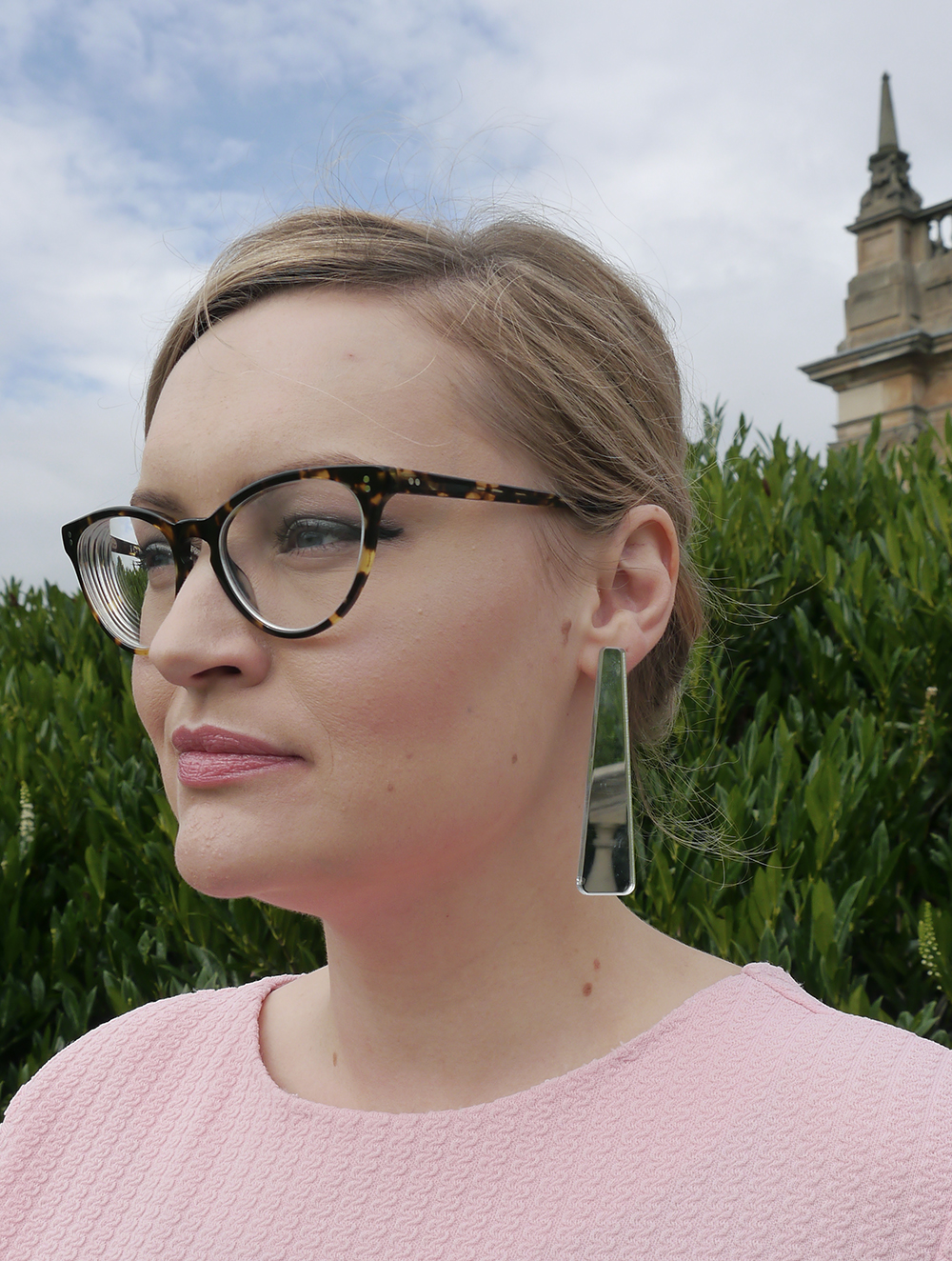 Wardrobe Conversations, Kimberley, styled by kimberley, candy pink sixties dress, vintage weigh and pay, dundee blogger, edinburgh blogger, scottish style blogger, vintage style scotland, IOLLA glasses review