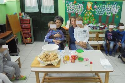Η γιαγιά Στέλλα και η μαμά Δήμητρα...