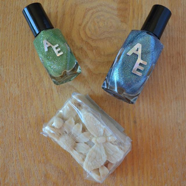 nail polish soap