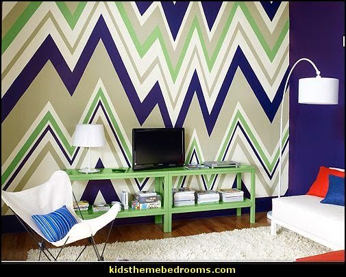 zig zag bedroom wall decorating ideas  zig zag bedroom decorating ideas - Zig Zag wall decals - Chevron bedroom decorating ideas - zig zag wallpaper mural - zig zag decor - Chevron ZIG ZAG print - Herringbone Stencil - chevron bedding - zig zag rugs -