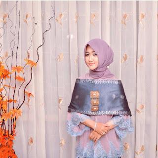 Desain Kebaya Elegan Muslim