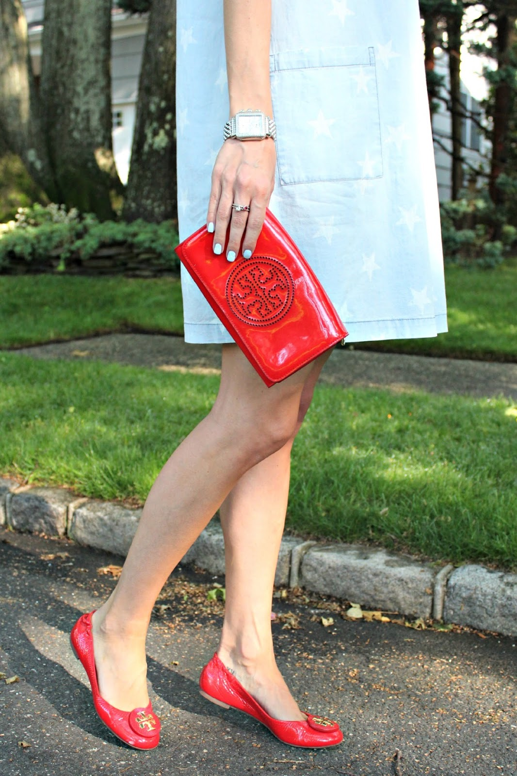 red tory burch accessories