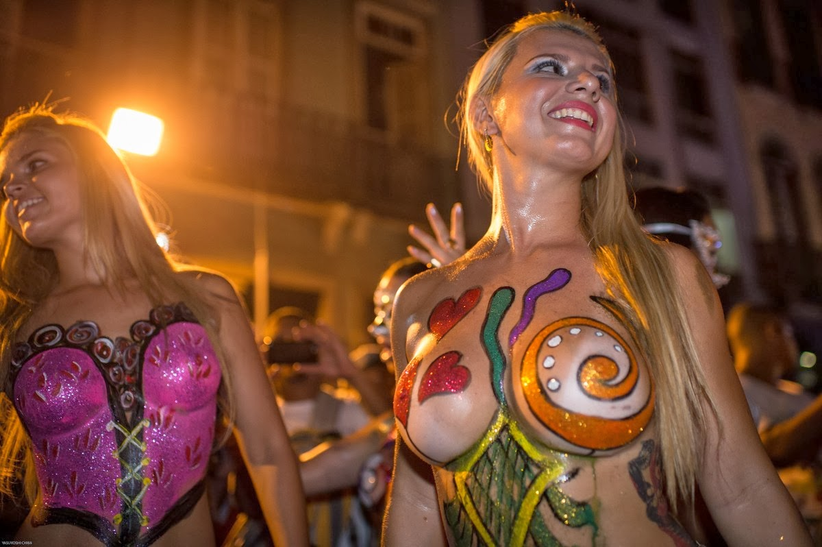 Topless dancers during a parade in Rio de Janeiro this February 27. More than 470 dance and music groups on 2nd and 3rd of March 2014.