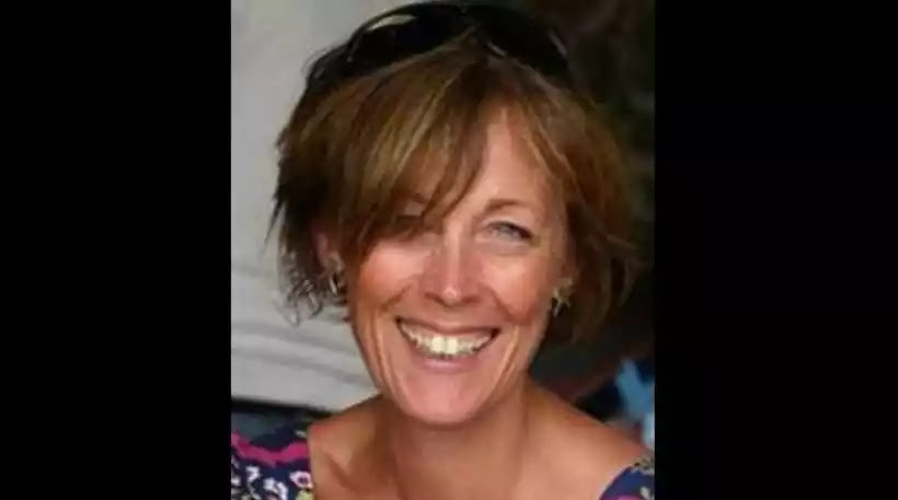 Τραγικό: Ήρθε στη Σαντορίνη για τη «νίκη» κατά του καρκίνου και πέθανε από δηλητηρίαση γιατί ήπιε πολύ κρασί