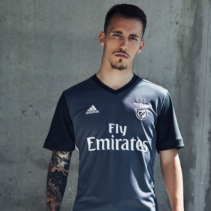 timeless design 5952a 08f01 Benfica 17-18 Away Kit Released - Footy Headlines