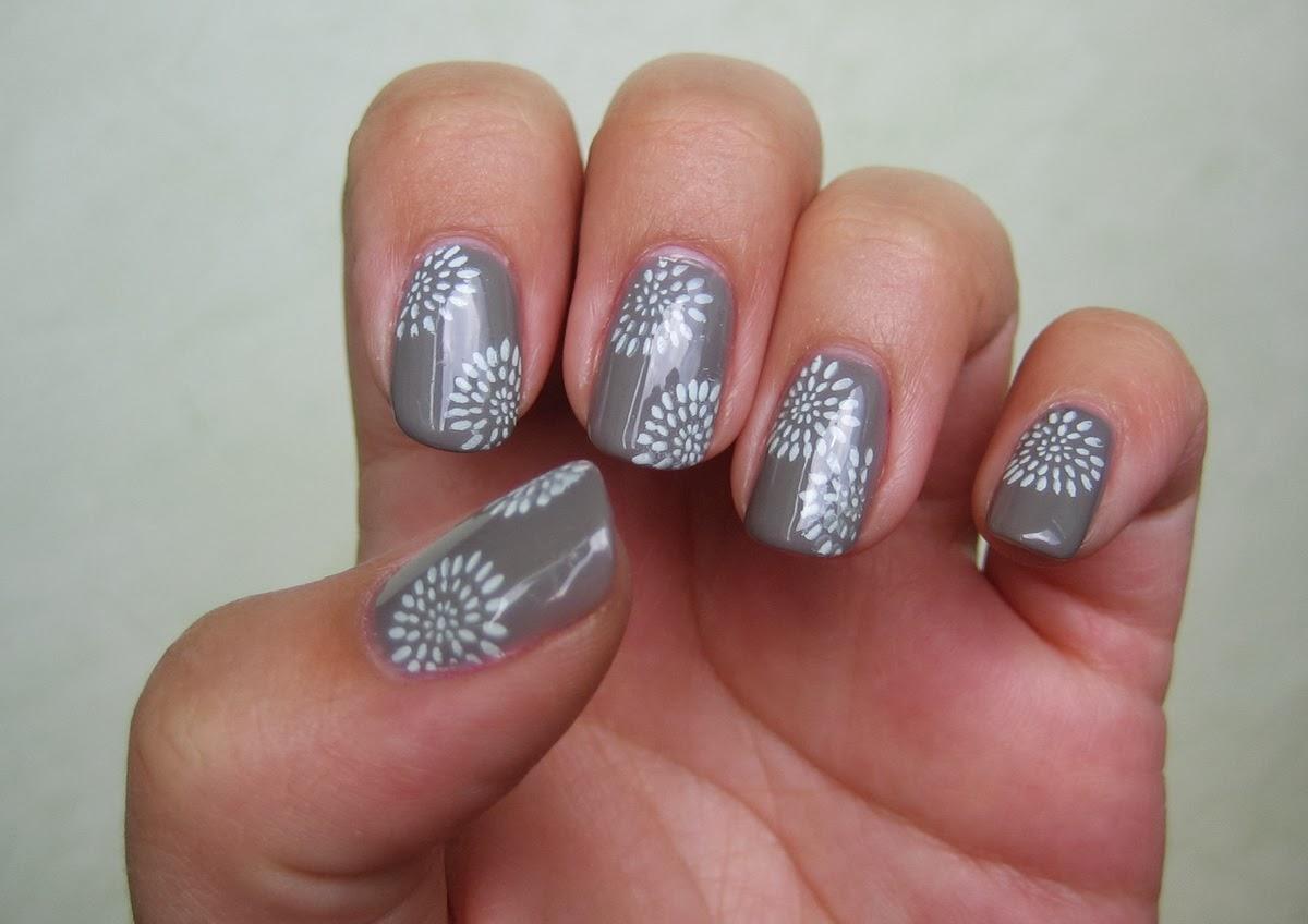 cute nail art ideas fashionate trends. Black Bedroom Furniture Sets. Home Design Ideas