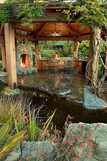 Awesome Outdoor Sitting Spaces With Fireplace As A Focal Point!