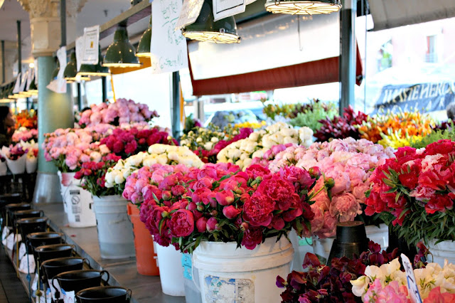 Brilliant fresh flowers at Pike Place Market Seattle