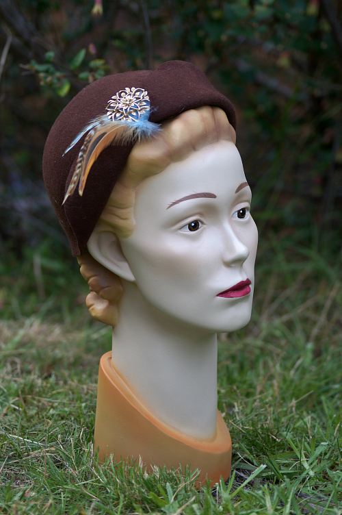 Tanith Rowan Designs brown felt 1940s style hat